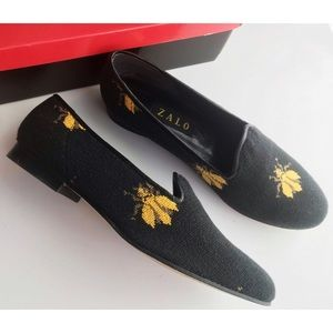 Zalo • Black Yellow Embroidered Bumble Bee Flats